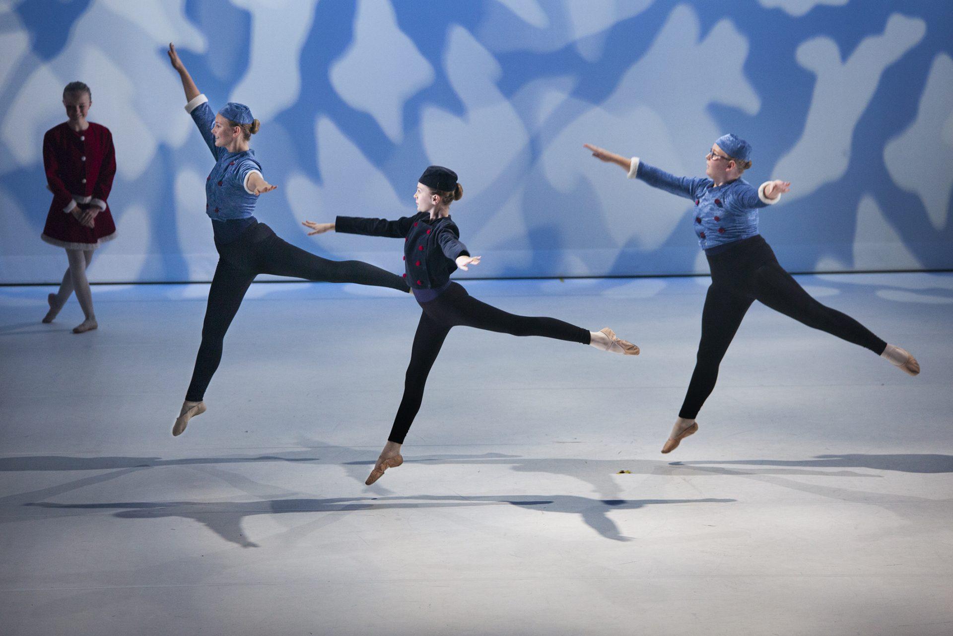 """Grad 5 danser """"Skøytevals"""""""