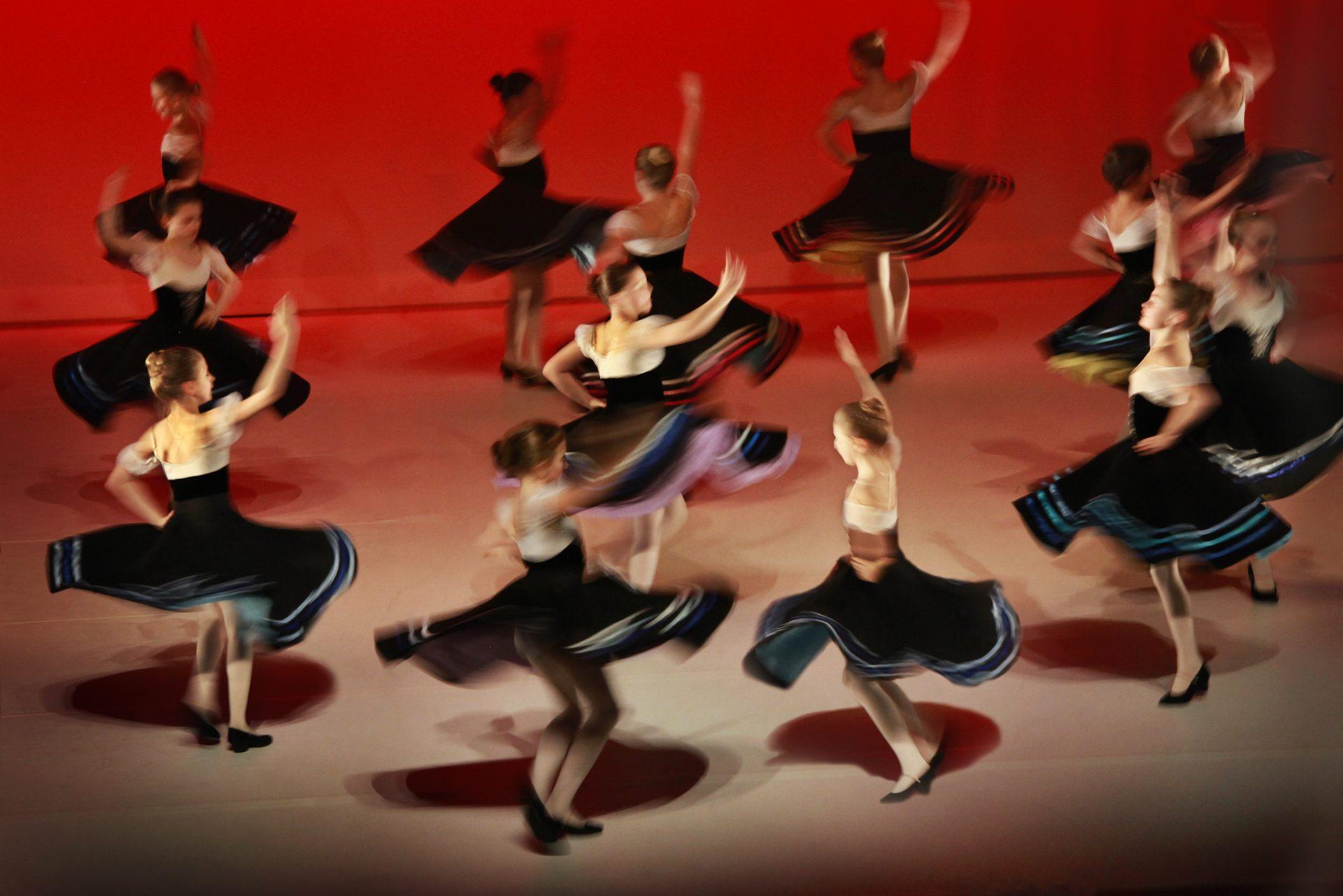 """Grad 4 danser """"Juletrefest"""""""